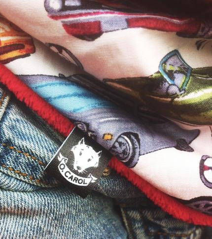 O. Carol foulard enfant logo étiquette